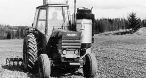 Valmet 702 Holzgastraktor
