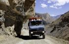 Mit dem Unimog 1300 L durch den Himalaya