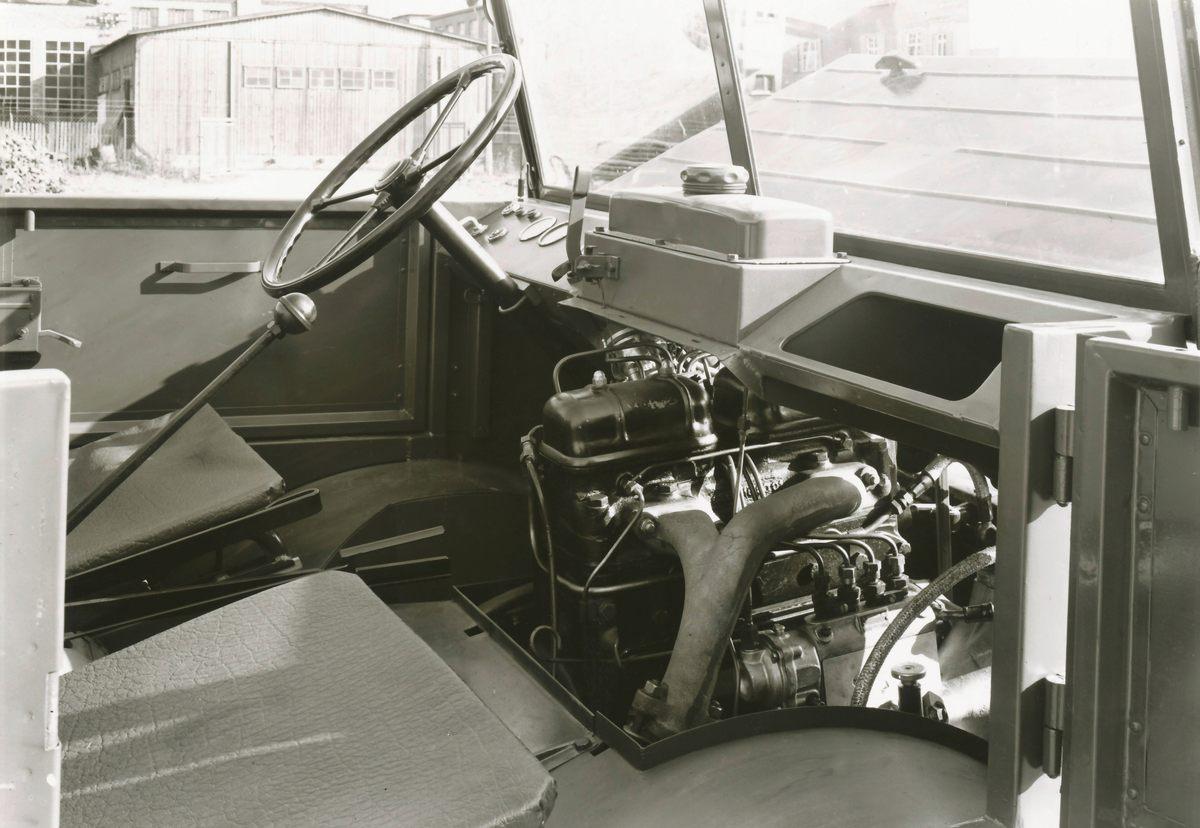 Vor 70 Jahren kaufte Daimler-Benz den Unimog70 years ago Daimler-Benz bought the Unimog